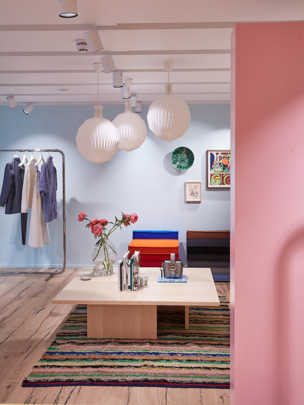 ganni-shop-interiors-london-beak-street-_dezeen_1704_col_3