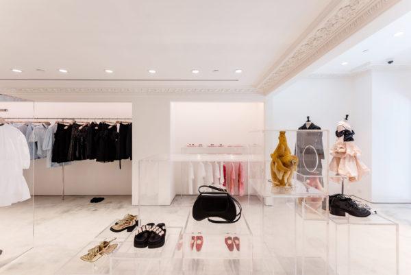 simone-rocha-hong-kong-shop-interiors-_dezeen_2364_col_5