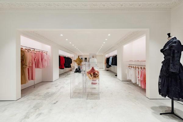 simone-rocha-hong-kong-shop-interiors-_dezeen_2364_col_8